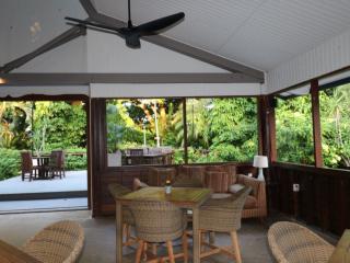 Guest Lounge Area