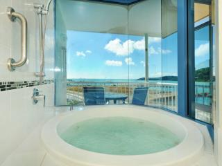 Bayview Spa Suite